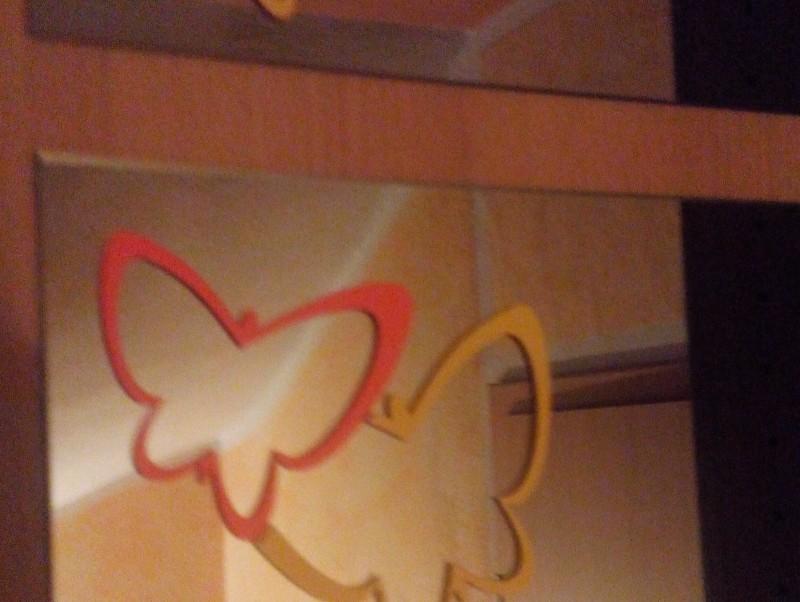 Klebefolie 3 schmetterlinge for Klebefolie farbig